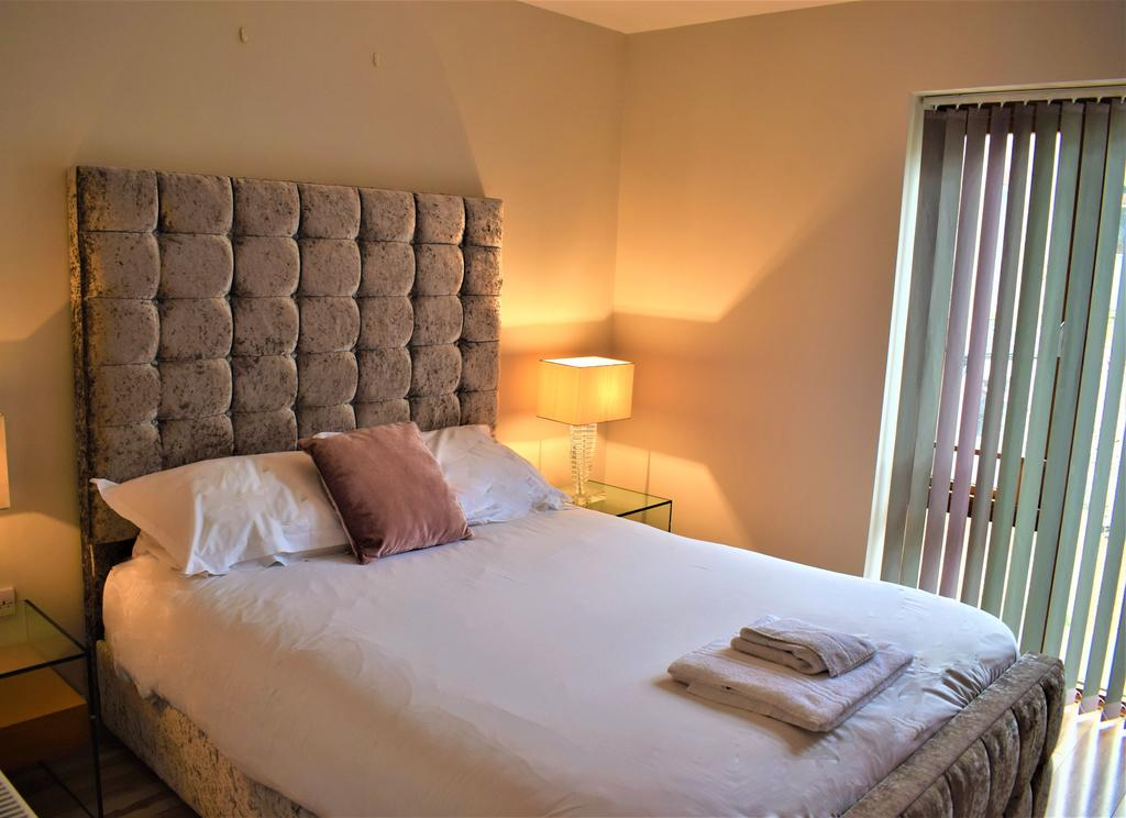 Corporate-Accommodation-Cambridge---Alpha-Apartments-Near-University-of-Cambridge-and-Kettle's-Yard---Urban-Stay-10