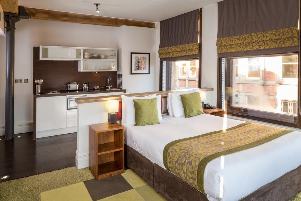 Corporate-Accommodation-Manchester---Manchester-City-Apartments-Near-Piccadilly-Gardens--Urban-Stay-13