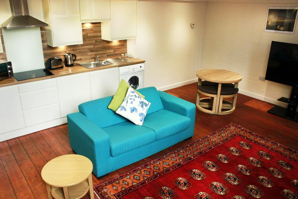 Corporate-Accommodation-in-Hull---Charterhouse-School-Apartments-UK---Urban-Stay-18