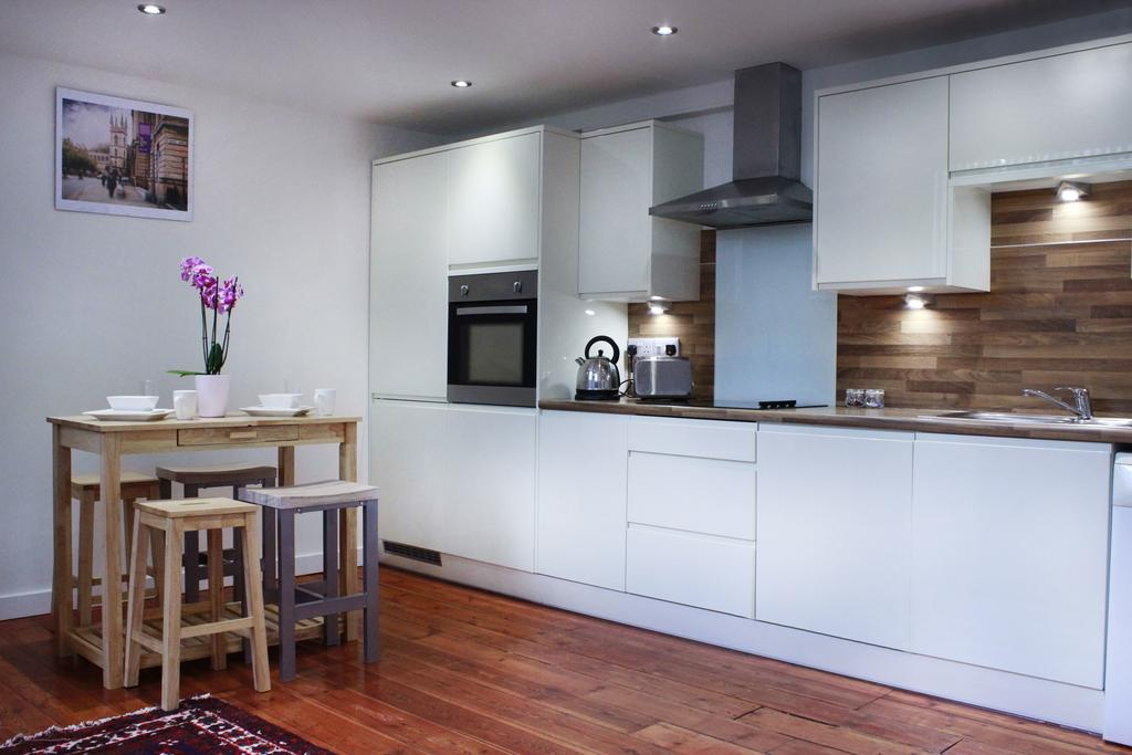 Corporate-Accommodation-in-Hull---Charterhouse-School-Apartments-UK---Urban-Stay-3