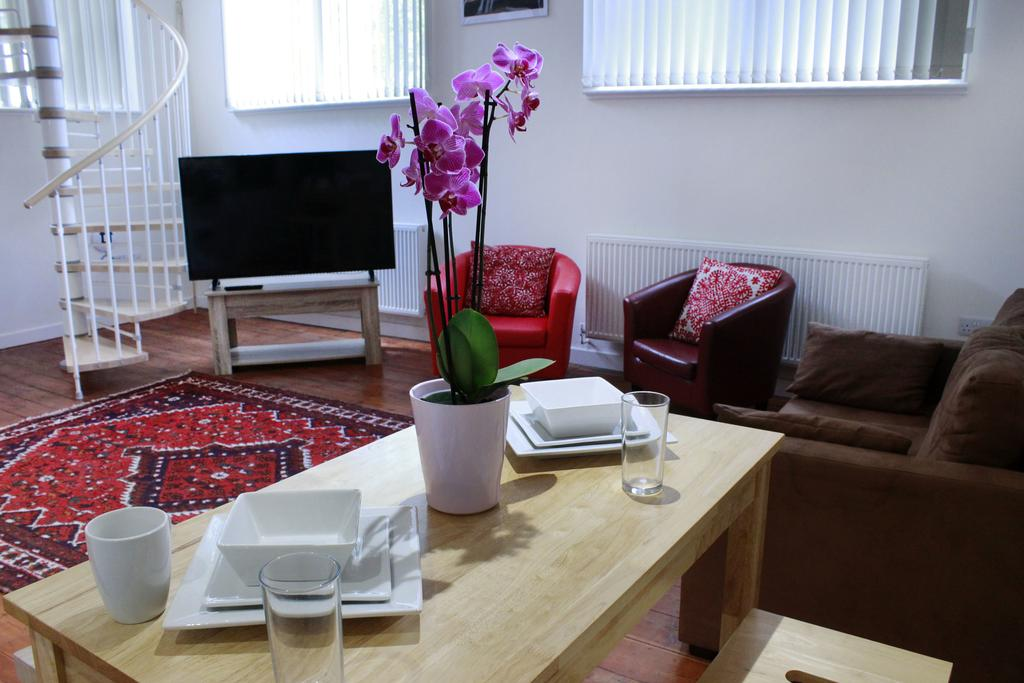 Corporate-Accommodation-in-Hull---Charterhouse-School-Apartments-UK---Urban-Stay-4