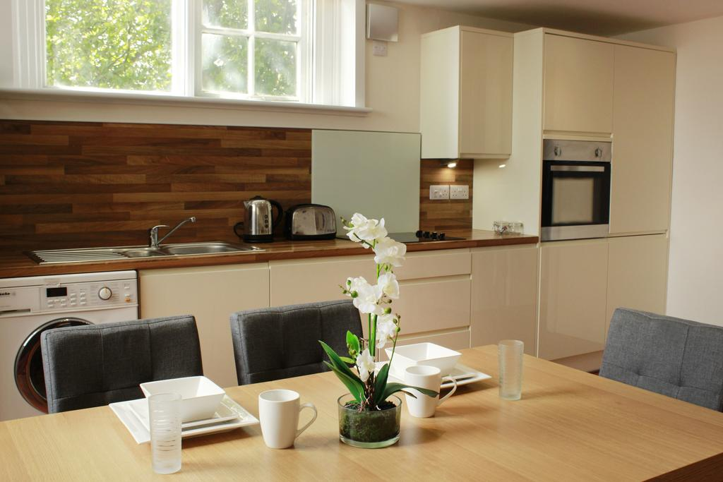 Corporate-Accommodation-in-Hull---Charterhouse-School-Apartments-UK---Urban-Stay-7