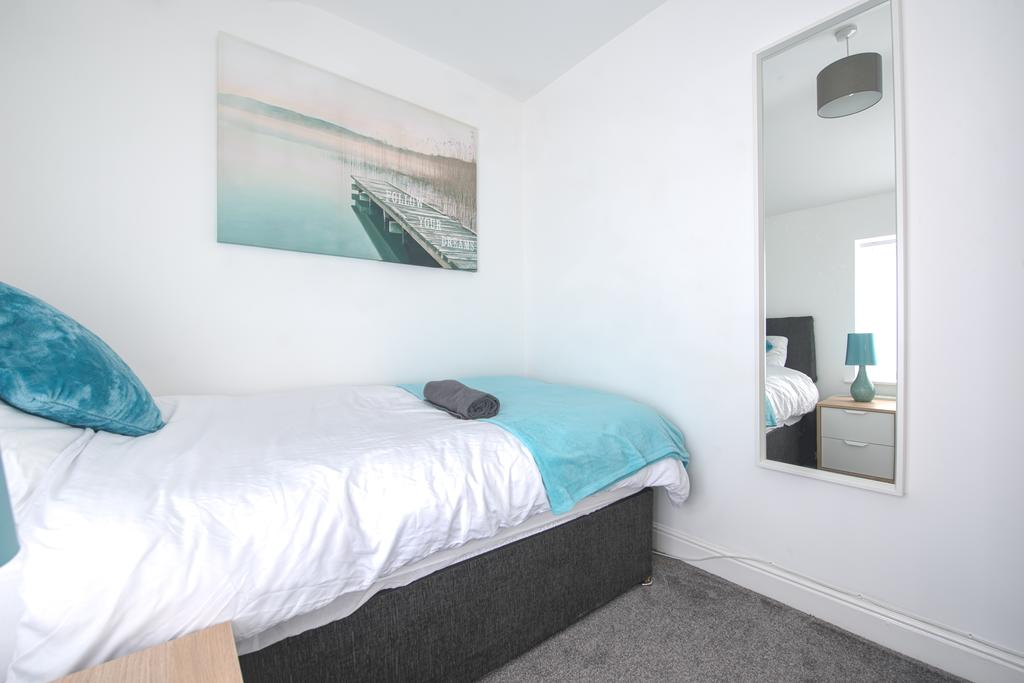 Corporate-Accommodation-in-Leeds---Haven-House-Apartments-Near-Middleton-Park---Urban-Stay-11