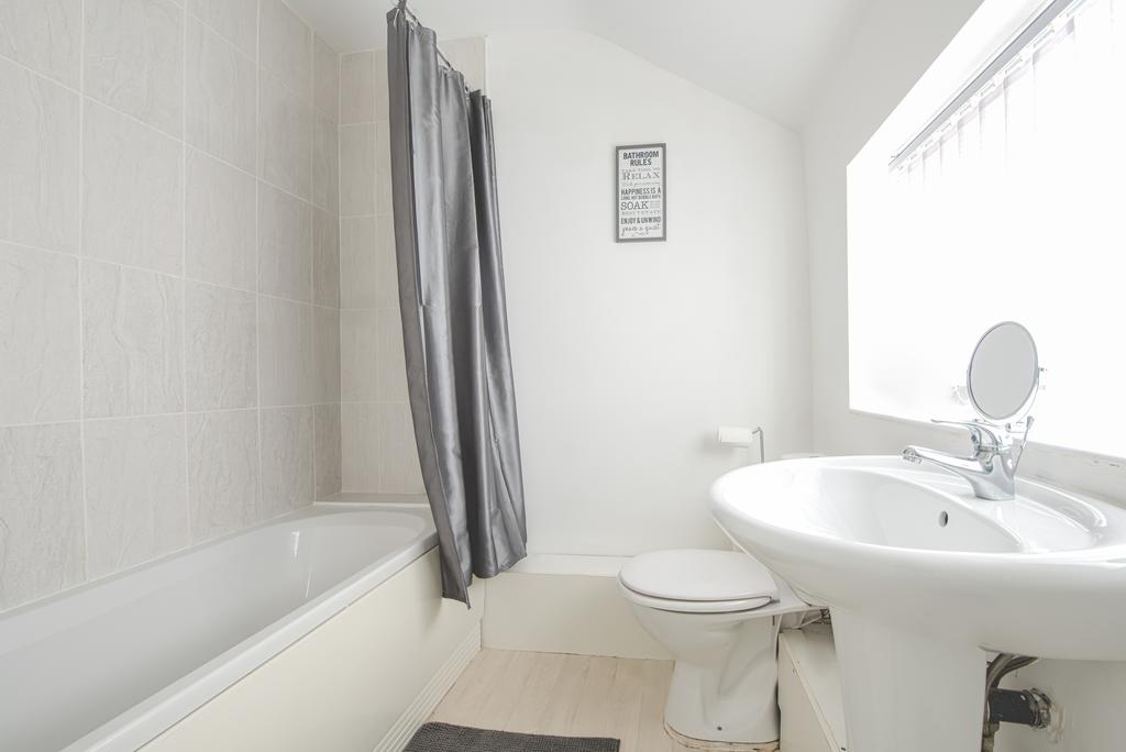 Corporate-Accommodation-in-Leeds---Haven-House-Apartments-Near-Middleton-Park---Urban-Stay-12