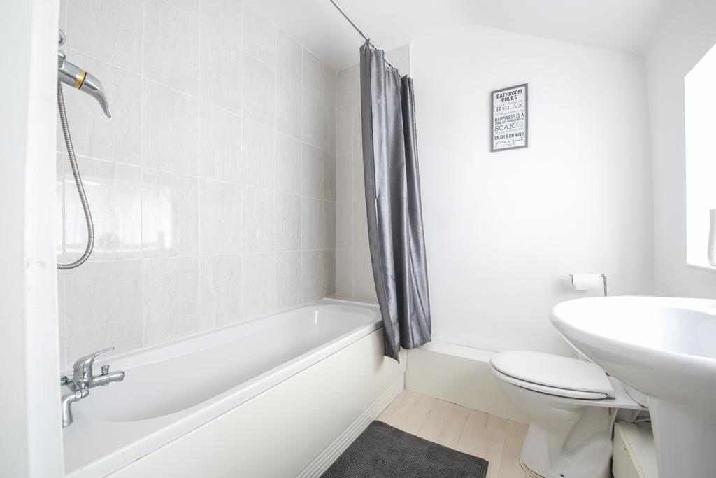 Corporate-Accommodation-in-Leeds---Haven-House-Apartments-Near-Middleton-Park---Urban-Stay-13