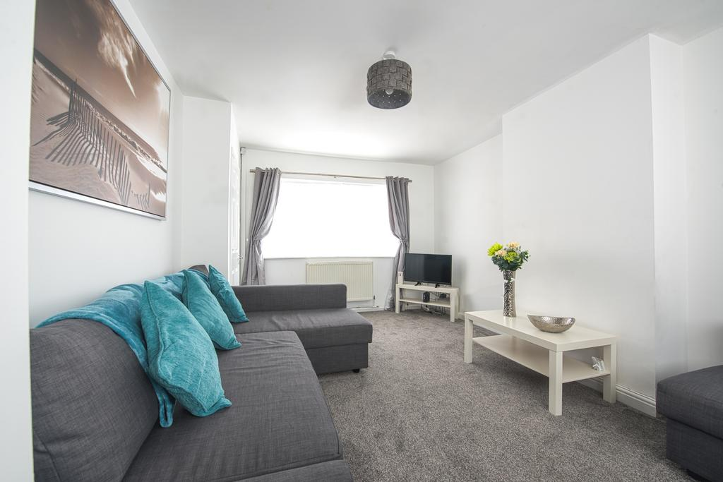 Corporate-Accommodation-in-Leeds---Haven-House-Apartments-Near-Middleton-Park---Urban-Stay