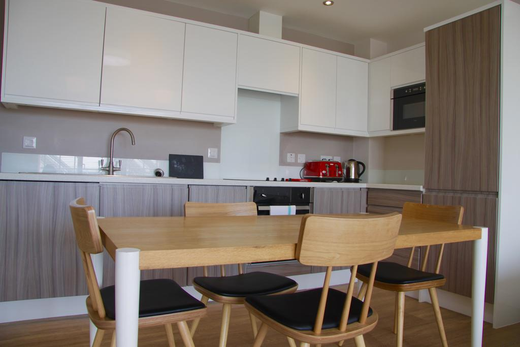 Corporate-Apartments-Cambridge---Florian-House-Apartments-Near-Cambridge-University-and-Technology-Museum---Urban-Stay-18