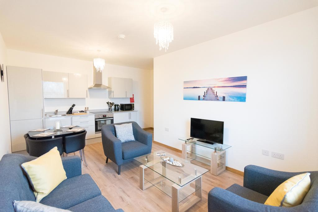 Corporate Apartments Swindon - The Quadrant Apartments Near Swindon Designer Outlet - Urban Stay 21