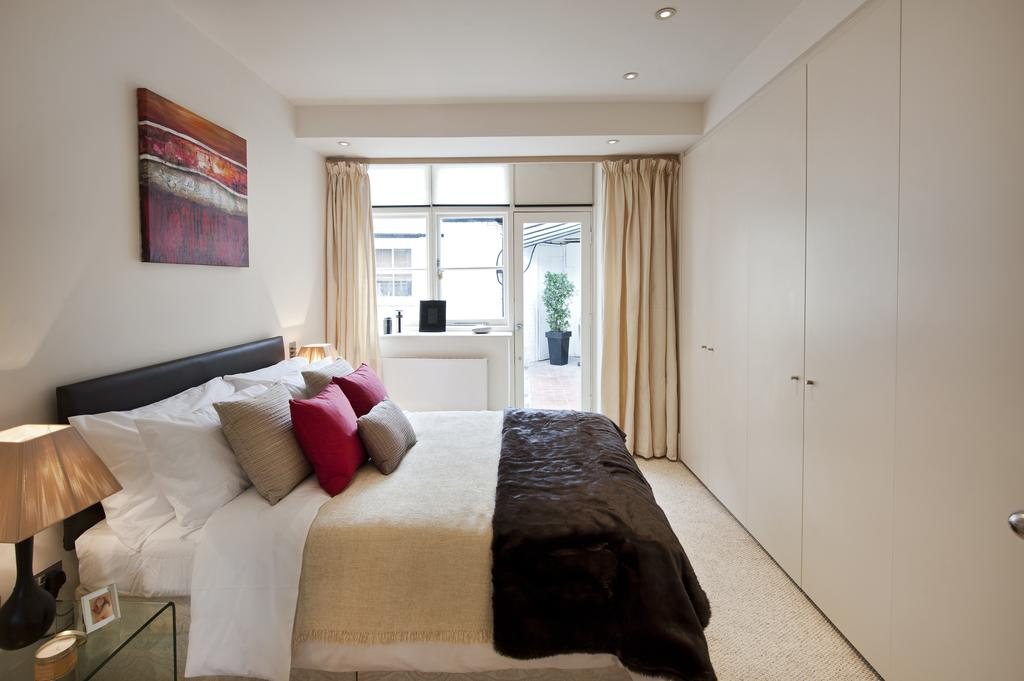 Corporate-Apartments-in-Marylebone---Portland-Street-Apartments---Central-London---Urban-Stay-20