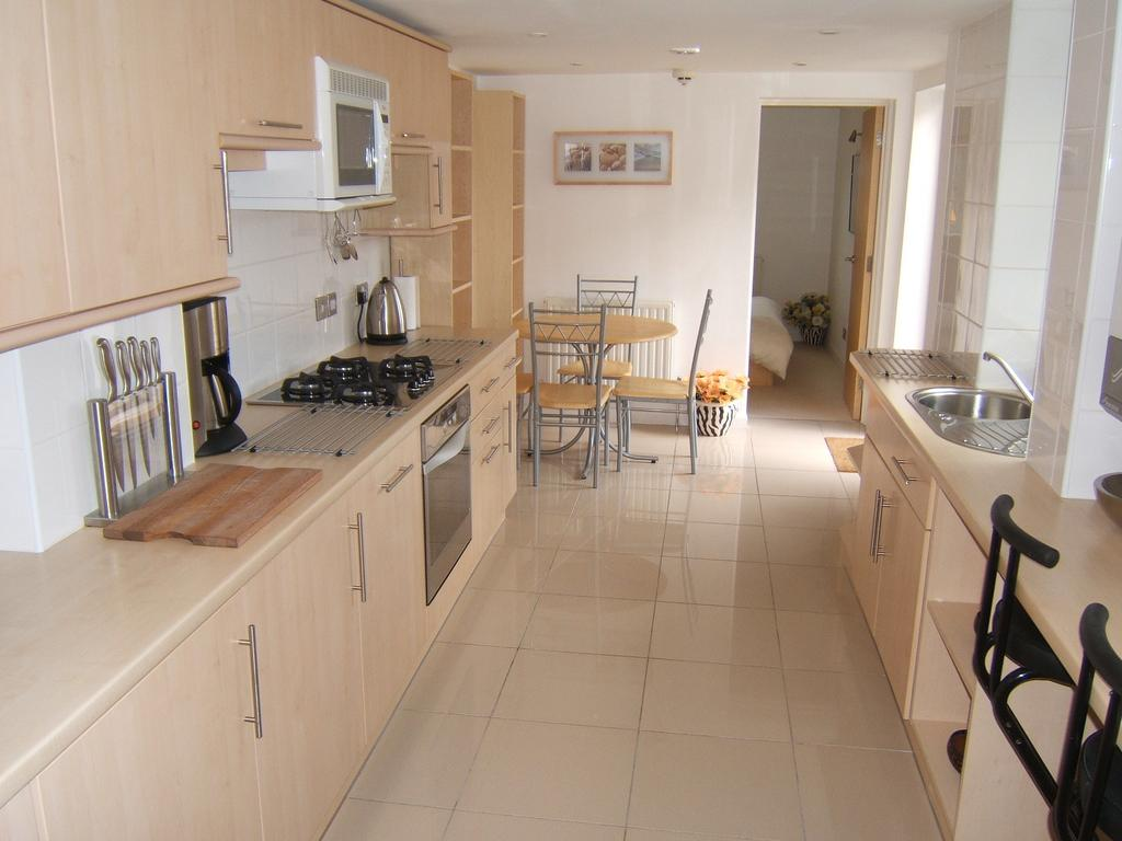Crewe-Serviced-Apartments---Earle-Street-Apartments-Near-Grand-Junction-Retail-Park---Urban-Stay-14