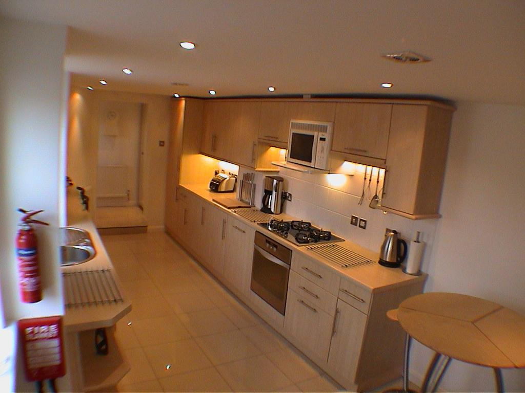 Crewe-Serviced-Apartments---Earle-Street-Apartments-Near-Grand-Junction-Retail-Park---Urban-Stay-17