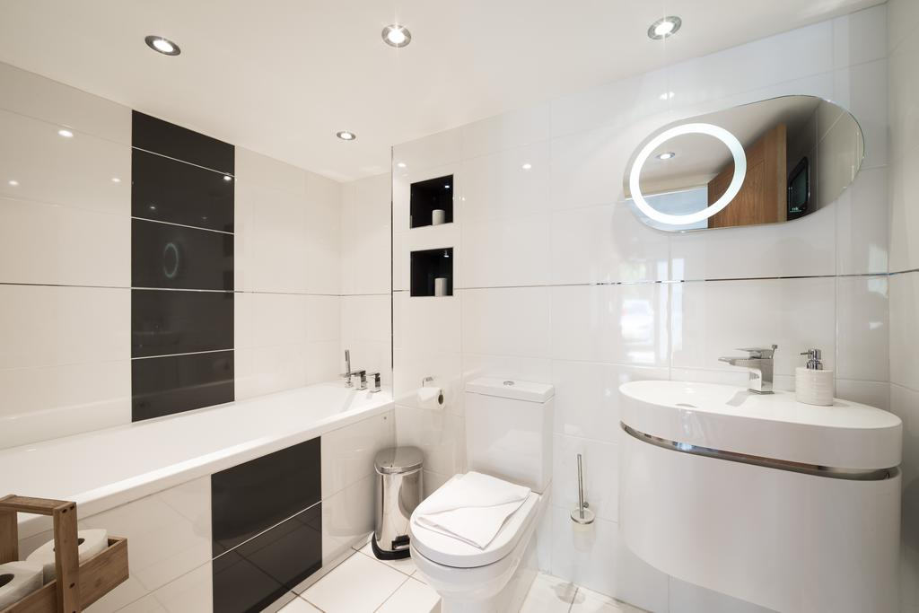 Didcot-Serviced-Apartments---Westbrook-Street-Apartments-Near-Didcot-Parkway-rail-station-Urban-Stay-10