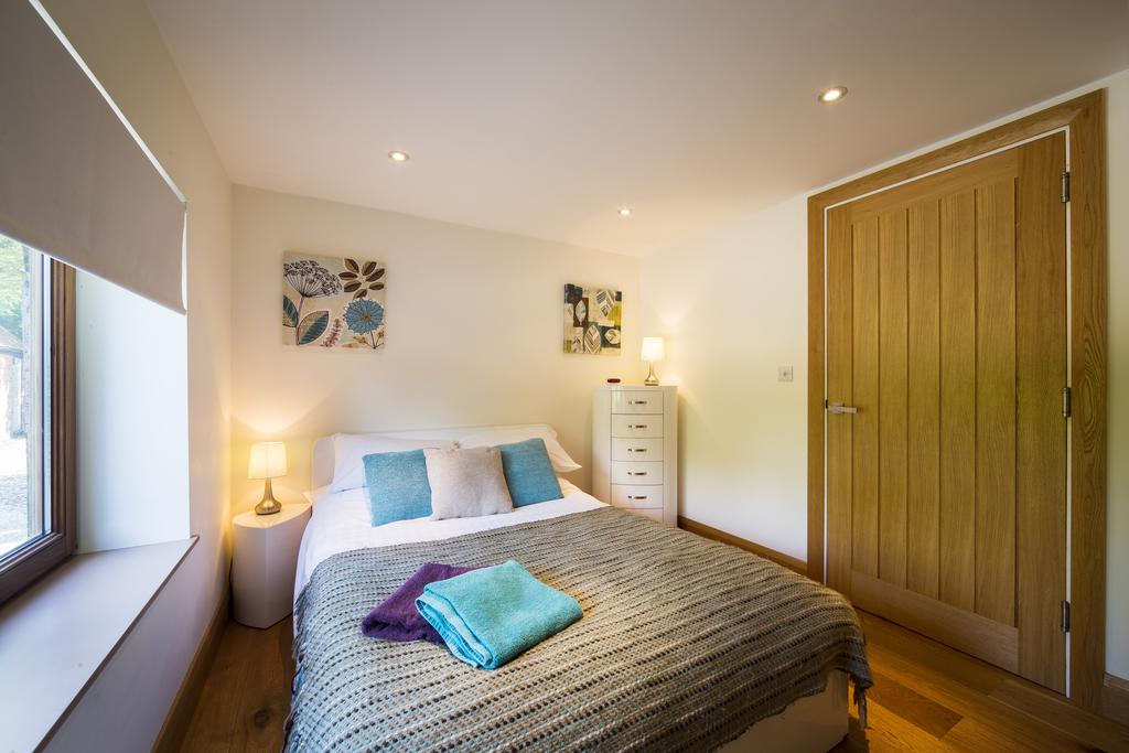 Didcot-Serviced-Apartments---Westbrook-Street-Apartments-Near-Didcot-Parkway-rail-station-Urban-Stay-3