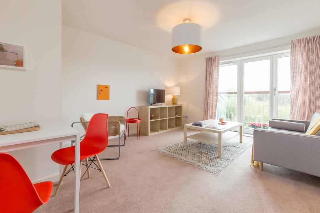 Edinburgh-Luxury-Accommodation---Duff-Street-Apartments-Near-Murrayfield-Stadium---Urban-Stay-12