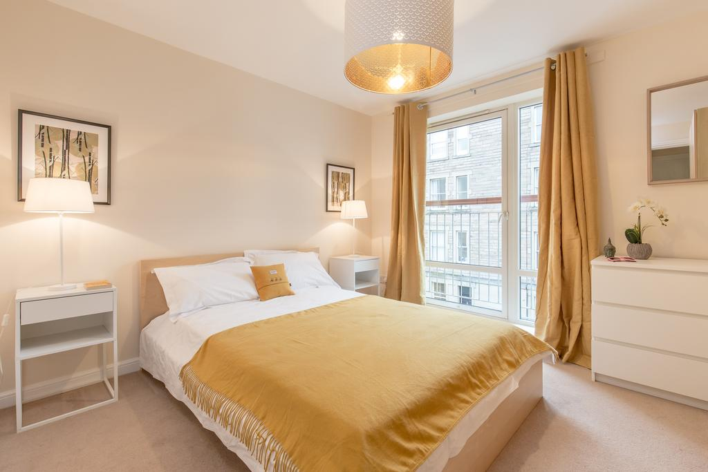 Edinburgh-Luxury-Accommodation---Duff-Street-Apartments-Near-Murrayfield-Stadium---Urban-Stay-4