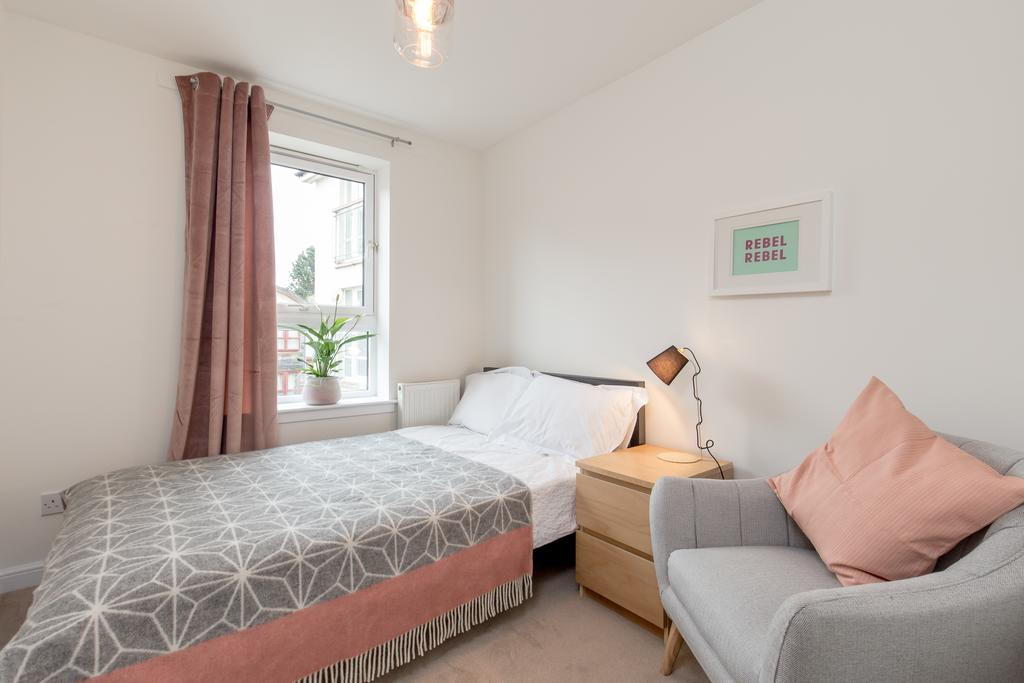 Edinburgh-Luxury-Accommodation---Duff-Street-Apartments-Near-Murrayfield-Stadium---Urban-Stay-6