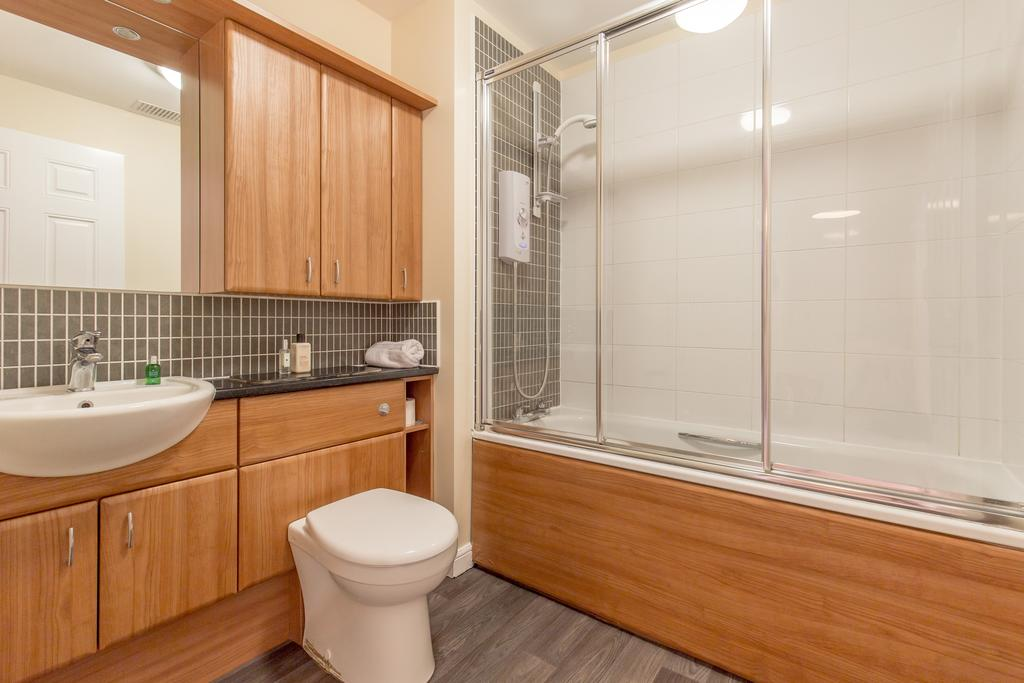 Edinburgh-Luxury-Accommodation---Duff-Street-Apartments-Near-Murrayfield-Stadium---Urban-Stay-7
