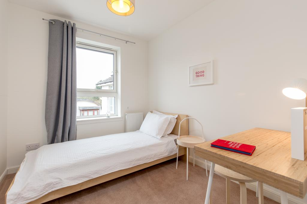Edinburgh-Luxury-Accommodation---Duff-Street-Apartments-Near-Murrayfield-Stadium---Urban-Stay-8