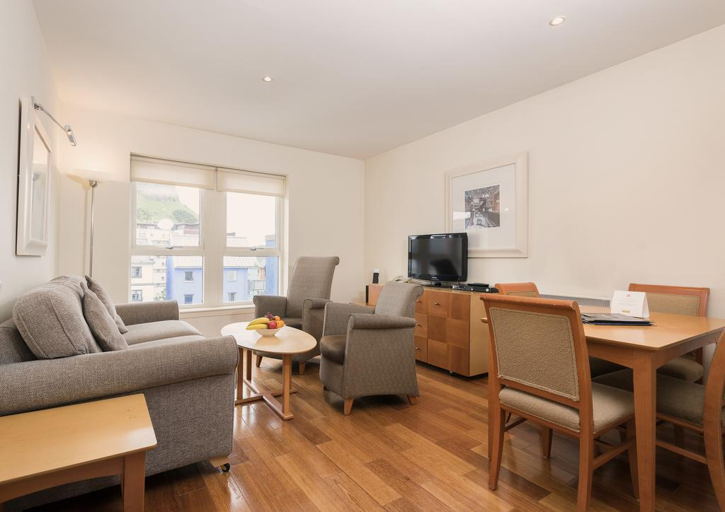 Edinburgh Serviced Accommodation-Central Edinburgh Apartments-Nether Bakehouse-Urban Stay 7