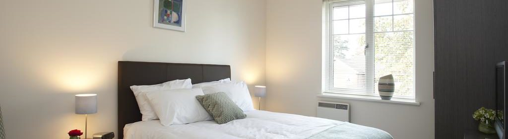 Farnborough Corporate Accommodation-Reading Road Apartments Near Air Sciences Trust Museum-Urban Stay 1