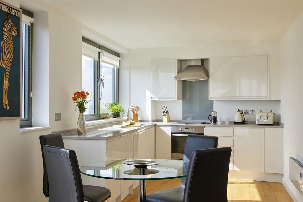 Fitzrovia-Serviced-Accommodation---Tottenham-Street-Apartments---Central-London---Urban-Stay