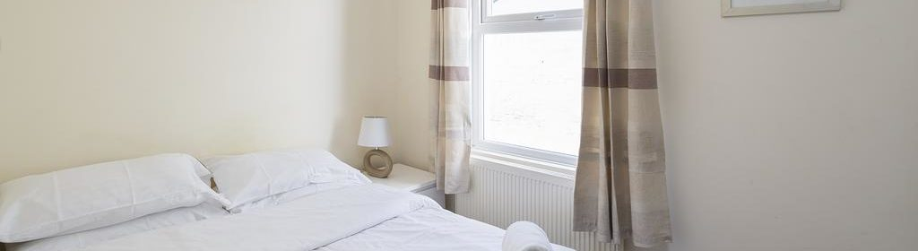 Gillingham Corporate Accommodation-Welcoming Flat Apartments-Canterbury Street-Urban Stay 7