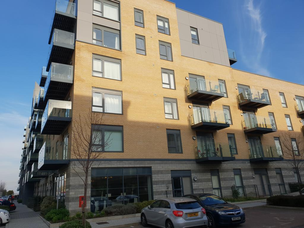 Gillingham-Serviced-Accommodation---The-Pier-Apartments---Pearl-Lane---Urban-Stay-10