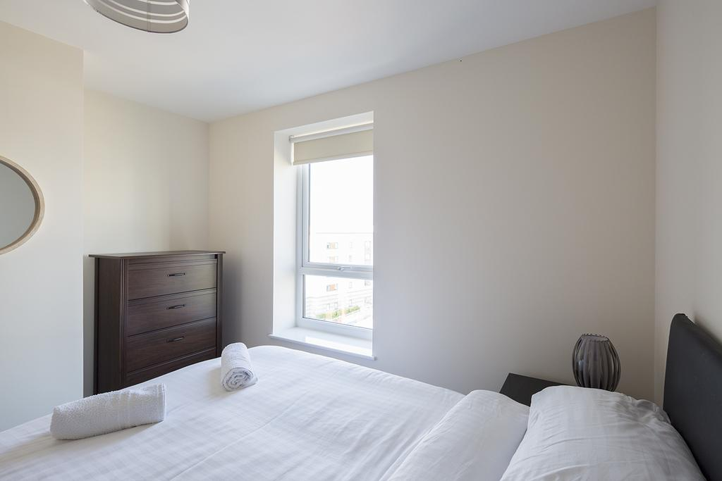 Gillingham-Serviced-Accommodation---The-Pier-Apartments---Pearl-Lane---Urban-Stay-16