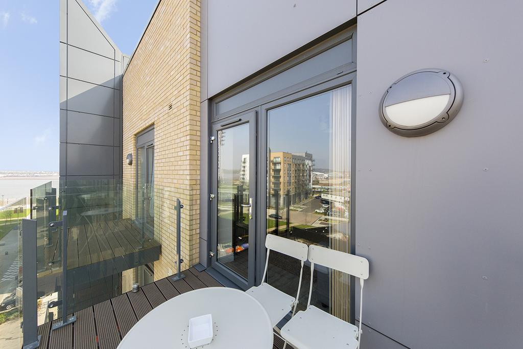 Gillingham-Serviced-Accommodation---The-Pier-Apartments---Pearl-Lane---Urban-Stay-19