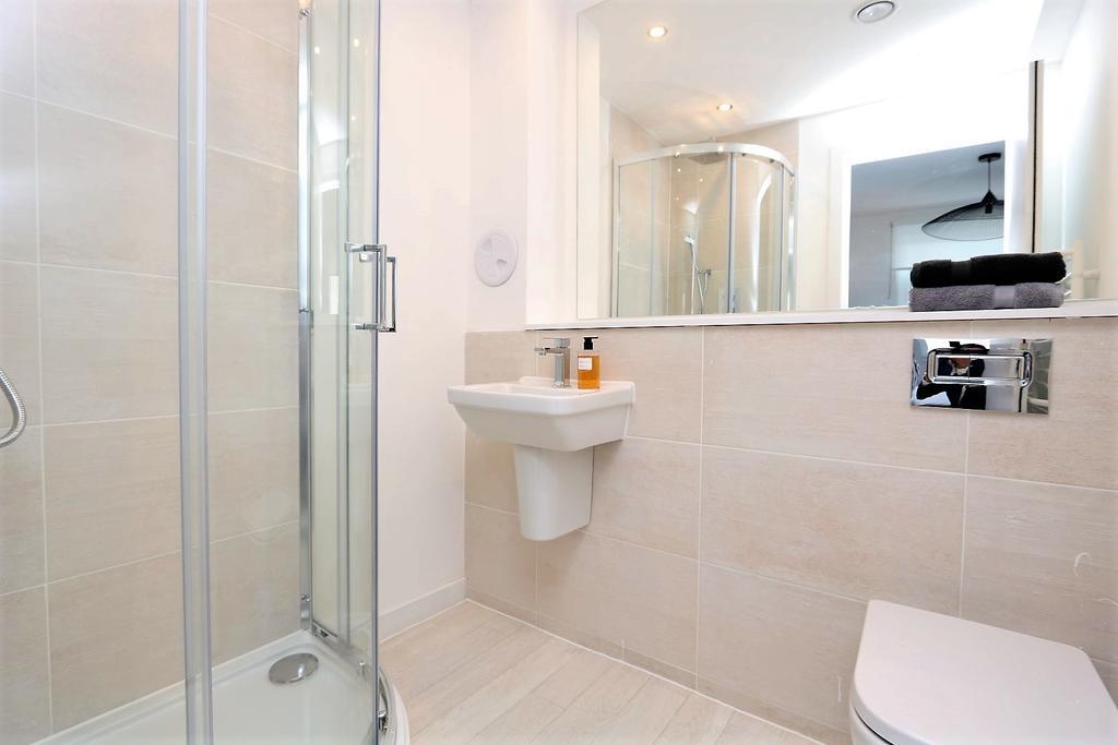 Glasgow-Cheap-Accommodation---Candleriggs-Court-Apartments-Near-Buchanan-Galleries---Urban-Stay-15