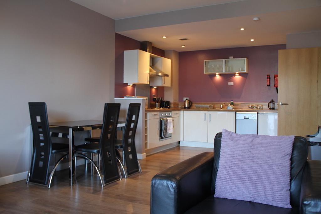 Glasgow Luxury Accommodation - Glasgow Central Apartments-Oswald Street - Urban Stay 11