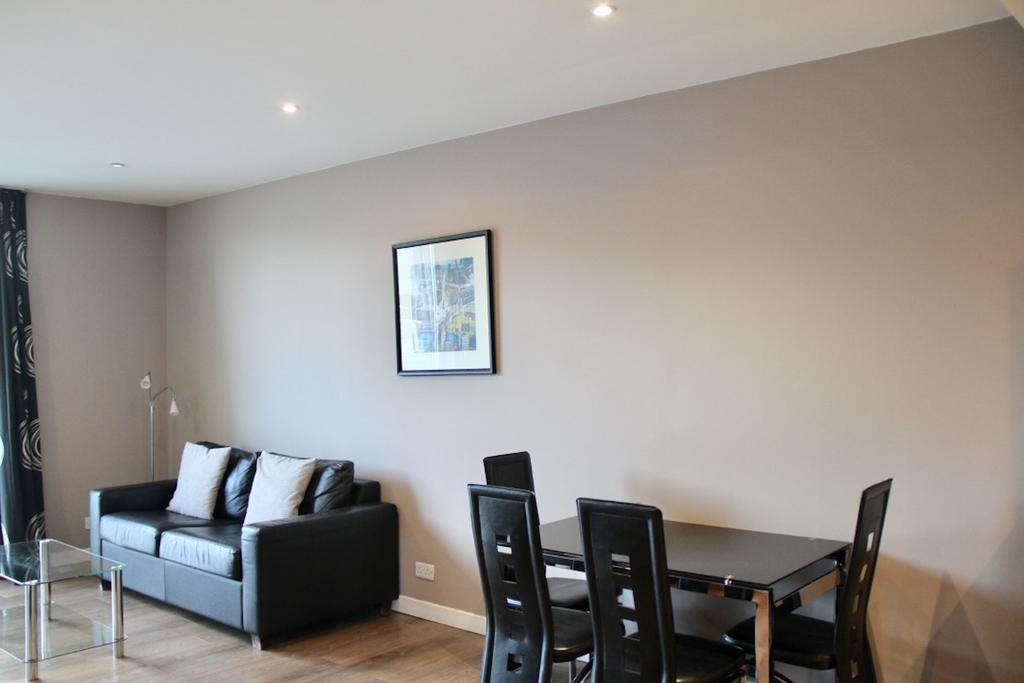 Glasgow-Luxury-Accommodation---Glasgow-Central-Apartments-Oswald-Street---Urban-Stay-2