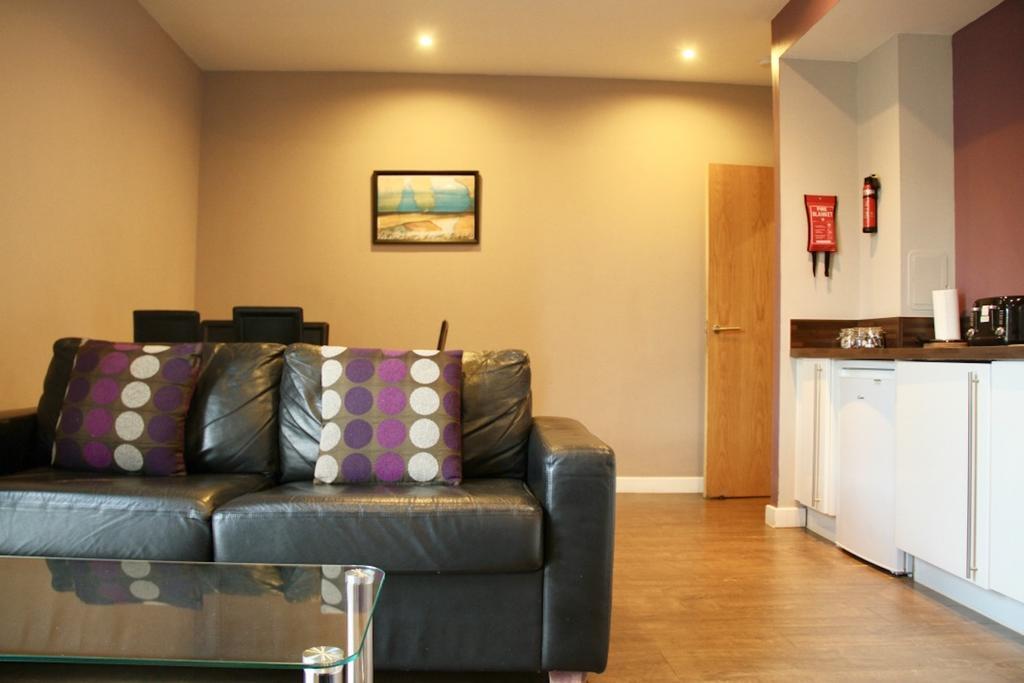 Glasgow-Luxury-Accommodation---Glasgow-Central-Apartments-Oswald-Street---Urban-Stay-4