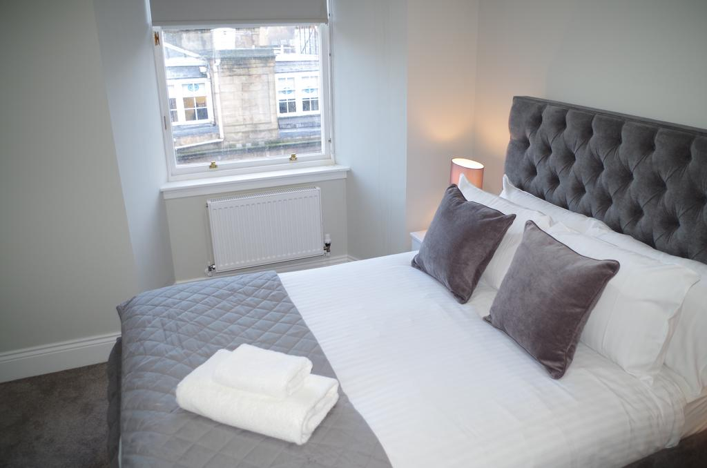 Glasgow-Luxury-Accommodation---Vincent-Street-Apartments-Near-Royal-Concert-Hall---Urban-Stay-12