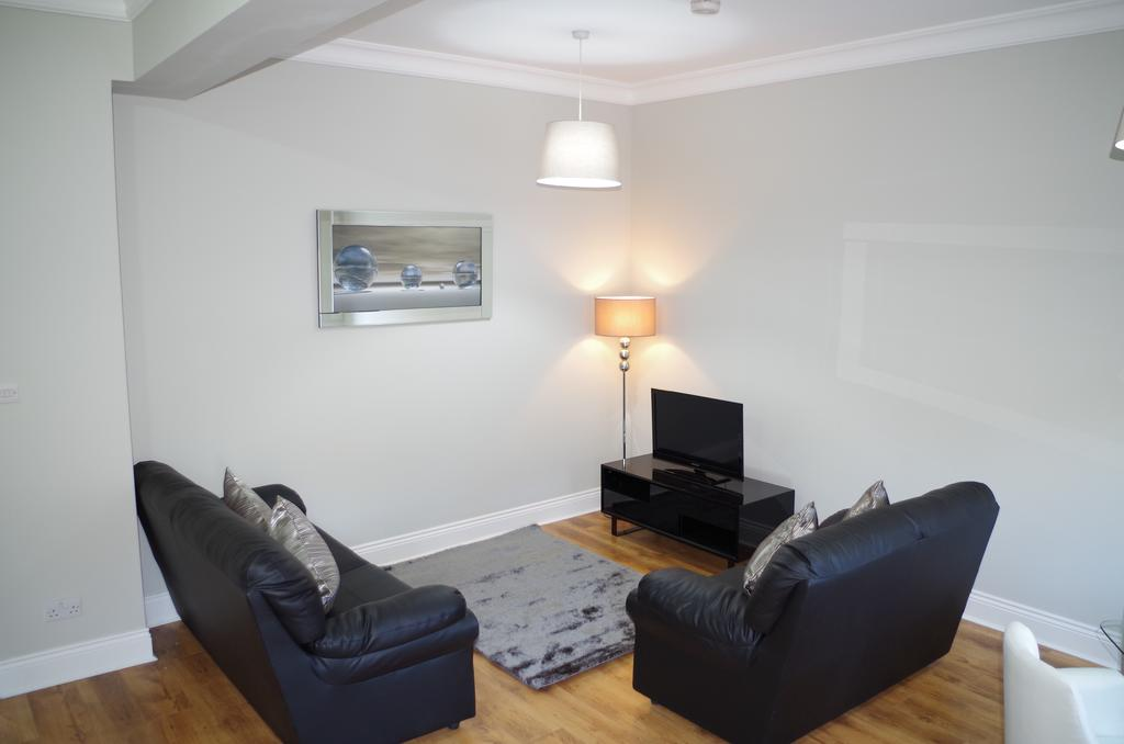 Glasgow-Luxury-Accommodation---Vincent-Street-Apartments-Near-Royal-Concert-Hall---Urban-Stay-14