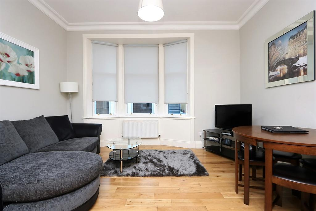 Glasgow-Luxury-Accommodation---Vincent-Street-Apartments-Near-Royal-Concert-Hall---Urban-Stay-4