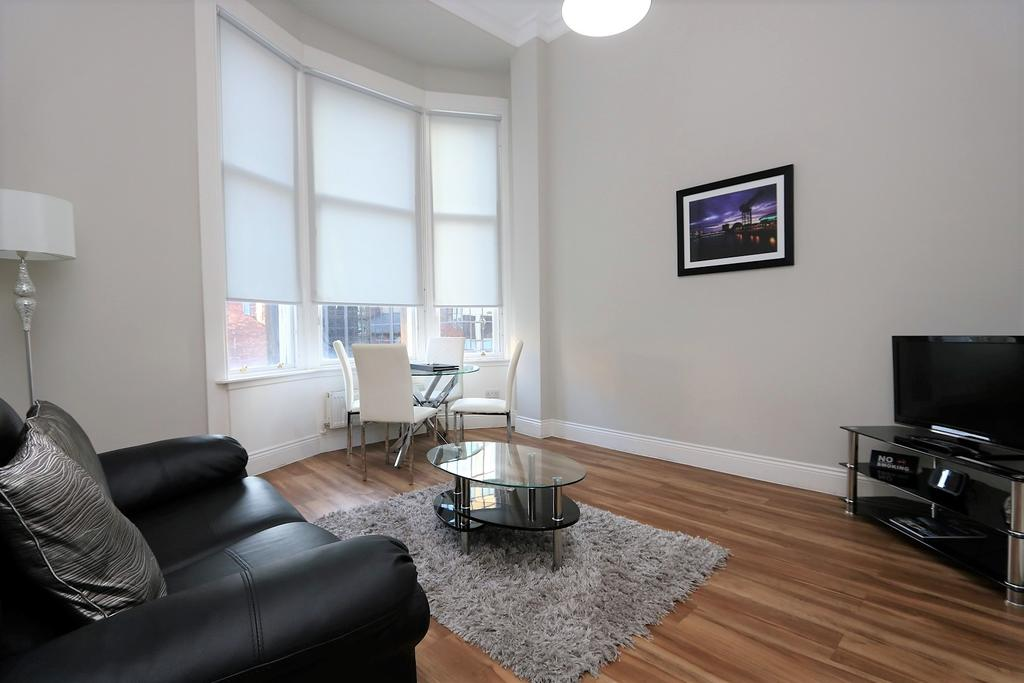Glasgow-Luxury-Accommodation---Vincent-Street-Apartments-Near-Royal-Concert-Hall---Urban-Stay-5