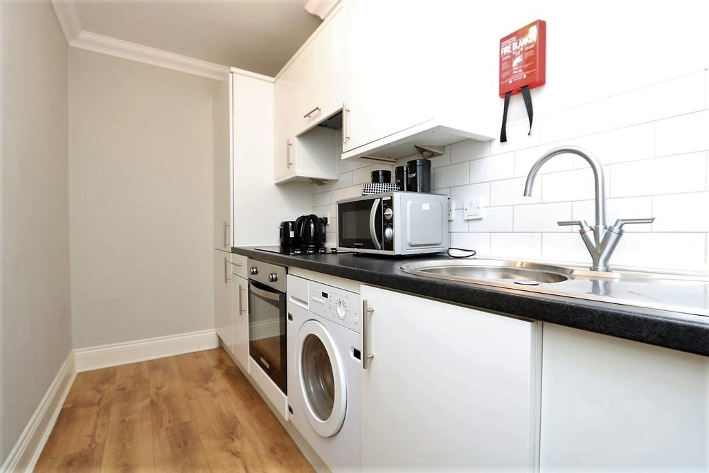 Glasgow-Luxury-Accommodation---Vincent-Street-Apartments-Near-Royal-Concert-Hall---Urban-Stay-8
