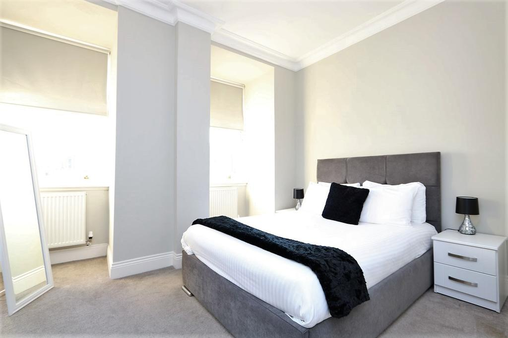 Glasgow-Luxury-Accommodation---Vincent-Street-Apartments-Near-Royal-Concert-Hall---Urban-Stay-9