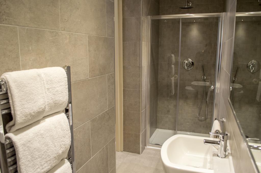 Glasgow-Luxury-Apartments---Blythswood-Glasgow-Apartments-Near-Royal-Concert-Hall---Urban-Stay-12