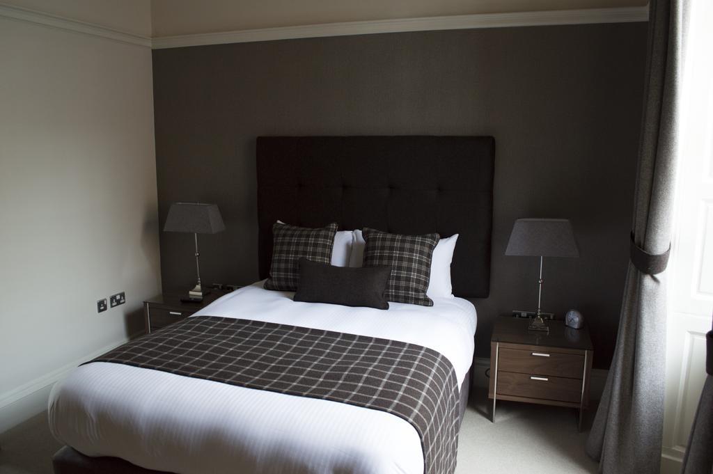 Glasgow-Luxury-Apartments---Blythswood-Glasgow-Apartments-Near-Royal-Concert-Hall---Urban-Stay-13