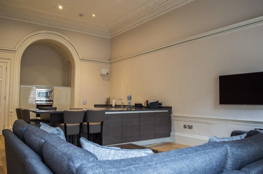 Glasgow-Luxury-Apartments---Blythswood-Glasgow-Apartments-Near-Royal-Concert-Hall---Urban-Stay-15