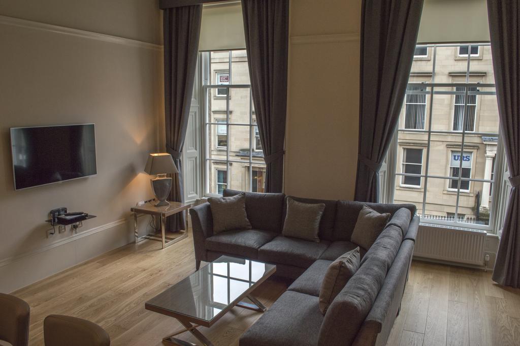 Glasgow-Luxury-Apartments---Blythswood-Glasgow-Apartments-Near-Royal-Concert-Hall---Urban-Stay-16
