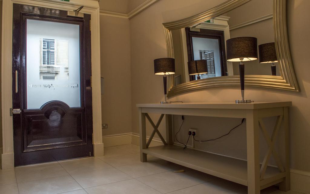 Glasgow-Luxury-Apartments---Blythswood-Glasgow-Apartments-Near-Royal-Concert-Hall---Urban-Stay-17
