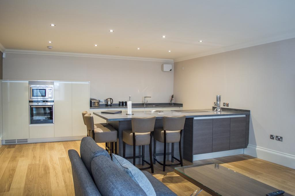 Glasgow Luxury Apartments - Blythswood Glasgow Apartments Near Royal Concert Hall - Urban Stay 22