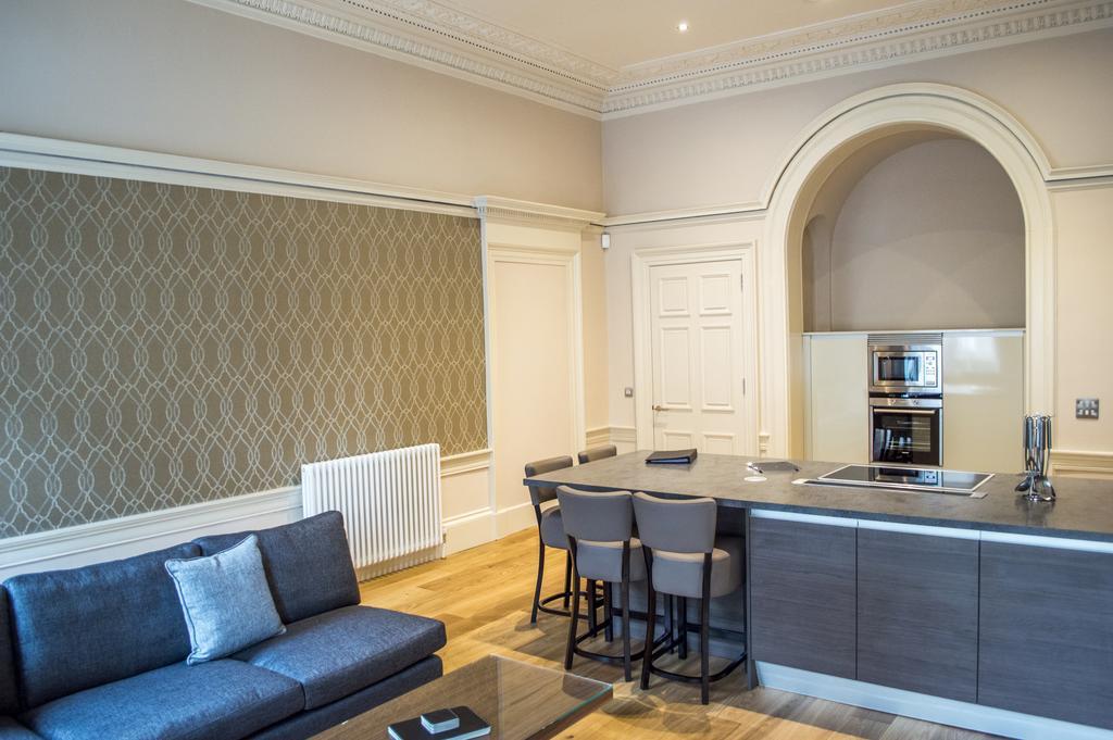 Glasgow-Luxury-Apartments---Blythswood-Glasgow-Apartments-Near-Royal-Concert-Hall---Urban-Stay-5