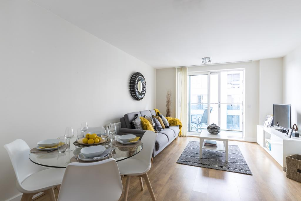 Hammersmith-Corporate-Apartments---Gooch-House-Apartments---central-London---Urban-Stay-1
