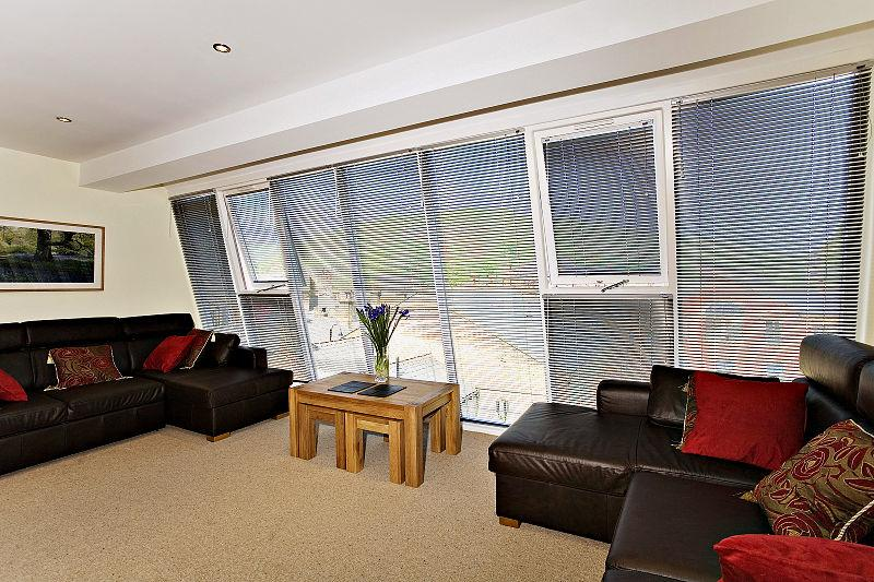 Hebden Bridge Serviced Apartments - Mill Yard Apartments Near Halifax - Urban Stay 11