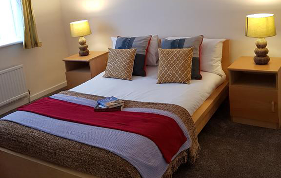 Houghton-Regis-Serviced-Apartments---Brentwood-Apartments-Brentwood-Close-Urban-Stay-12