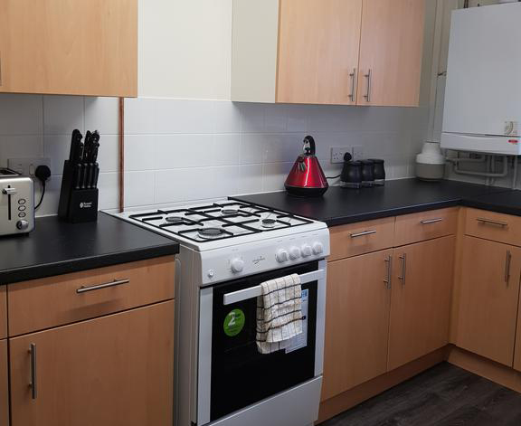 Houghton-Regis-Serviced-Apartments---Brentwood-Apartments-Brentwood-Close-Urban-Stay-7